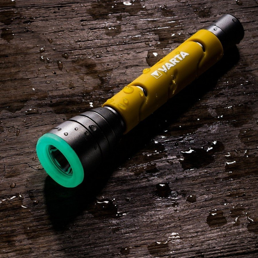 Фонарь Varta Outdoor Sports Flashlight 2AA 47090